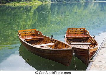 βάρκα , dock., δυο