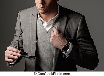 βέβαιος , μαύρο αγωγή , άντραs , αιχμηρός , ντύθηκα