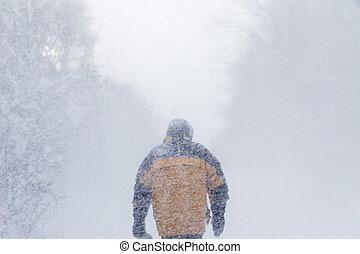 βαρύς , περίπατος , χιονοθύελλα , άντραs
