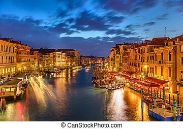 βενετία , νύκτα