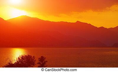 βουνά , βράδυ , λίμνη , τοπίο , ατάραχα