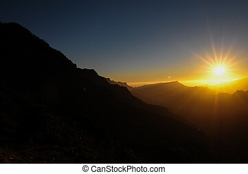 βουνά , πάνω , ηλιοβασίλεμα