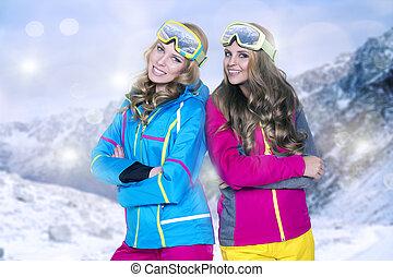 βουνά , χειμώναs , ομορφιά , δυο , χαμογελαστά , γυναίκεs
