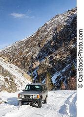 βουνό , suv , δρόμοs , χιονάτος