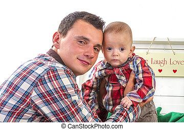 βρέφος αγόρι , δικός του , πατέραs