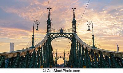 γέφυρα , ελευθερία , ανατολή
