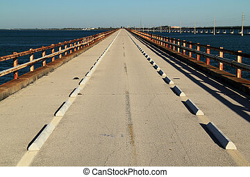 γέφυρα , επτά , μίλι