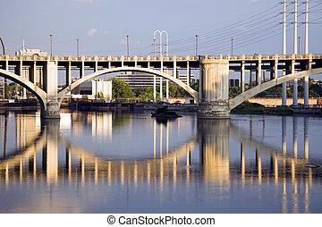 γέφυρα , μέσα , minneapolis