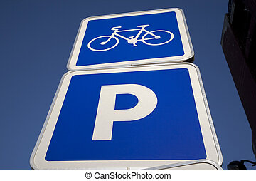γαλάζιος ουρανός , εναντίον , σήμα , ποδήλατο , φόντο , πάρκινγκ