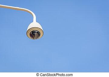 γαλάζιος ουρανός , φωτογραφηκή μηχανή , cctv