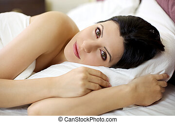 γαλήνιος , κρεβάτι , ανακουφίζω από δυσκοιλιότητα , γυναίκα