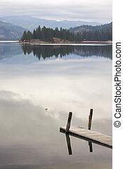 γαλήνιος , πρωί , σκηνή , λίμνη