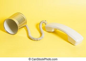 γανώνω απολύω τηλέφωνο , με , handset , επάνω , βάφω κίτρινο φόντο