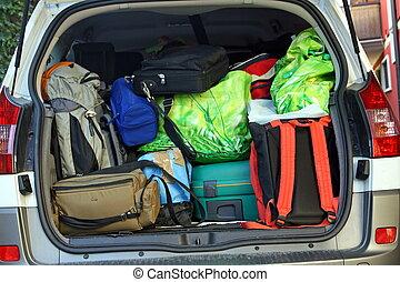 γεμάτος , αποσκευέs , πολύ , αυτοκίνητο , αναχώρηση , κιβώτιο , έτοιμος