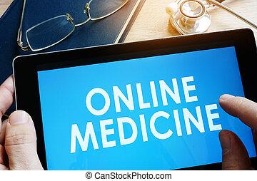 γιατρός , κράτημα , δισκίο , με , λόγια , online , medicine.
