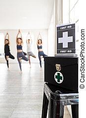 γιόγκα , κέντρο , πρώτα , κουτί , καταλληλότητα , βοήθεια , κατηγορία