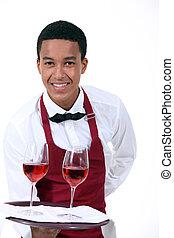 γκαρσόνι , κρασί
