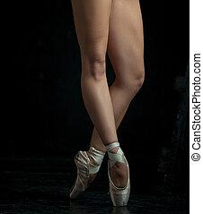 γκρο πλαν , pointe , πόδια , μπαλλαρίνα , νέος , παπούτσια