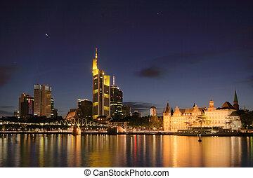 γραμμή ορίζοντα , από , frankfurt , τη νύκτα