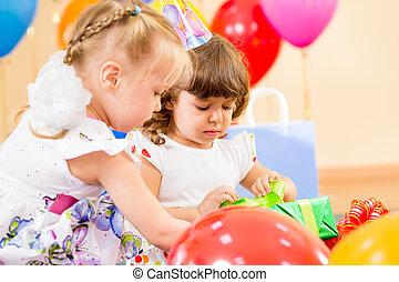 γραφικός , δικαίωμα παροχής , γενέθλια , όμορφη , πάρτυ , μπαλόνι , παιδιά