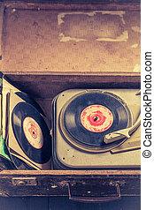 γριά , βαλίτσα , γραμμόφωνο , vinyls