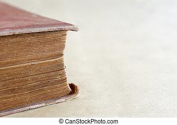 γριά , βιβλίο