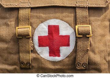 γριά , στρατόs , σύμβολο , σταυρός , τσάντα , βοήθεια , ιατρικός , κόκκινο