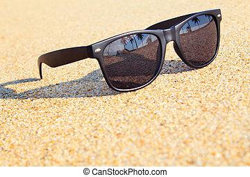 γυαλλιά ηλίου , παραλία