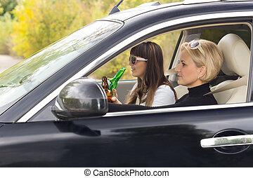γυναίκα , αλκοόλ , οδήγηση , δυο , χρόνος , απολαμβάνω