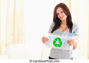 γυναίκα αμπάρι , ανακυκλώνω δοχείο