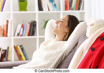 γυναίκα ανακουφίζω από δυσκοιλιότητα , στο σπίτι , μέσα , χειμώναs