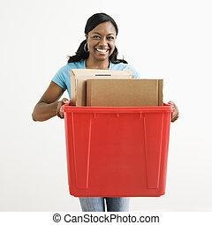 γυναίκα ανακυκλώνω