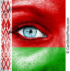 γυναίκα αντικρύζω , απεικονίζω , με , σημαία , από , belarus