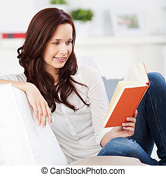 γυναίκα , βιβλίο , ανακουφίζω από δυσκοιλιότητα , διάβασμα