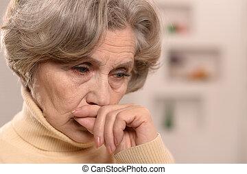 γυναίκα , ηλικιωμένος , άθυμος