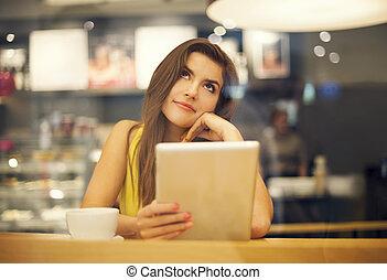 γυναίκα , καφετέρια , νέος , ονειρεύομαι