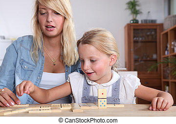γυναίκα , κόρη , αυτήν , νέος , ντόμινο , παίξιμο