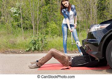 γυναίκα , μηχανικός , οδηγός , άκρα του δρόμου , ανάλυση
