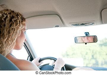 γυναίκα , οδήγηση , αυτοκίνητο , νέος , πορτραίτο , χαμογελαστά