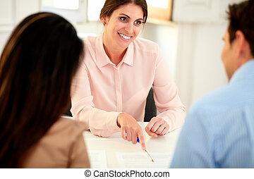 γυναίκα , οικονομικός , γραφείο , εργαζόμενος , σύμβουλος , ωραίος