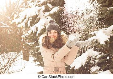 γυναίκα , παίξιμο , χιόνι , νέος