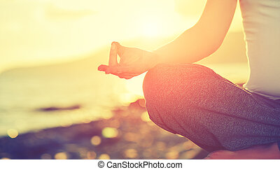 γυναίκα , παραλία , concept., άσκηση , γιόγκα , χέρι , ...