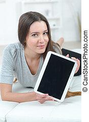 γυναίκα , χρησιμοποιώνταs , αυτήν , δισκίο , ηλεκτρονικός υπολογιστής