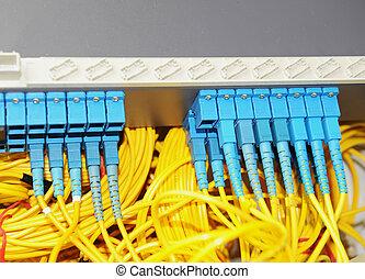 δεδομένα , δίκτυο , έλιγμα , αόρ. του shoot , κέντρο , ακόλουθος , τεχνολογία