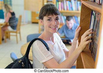 διάβασμα , βιβλιοθήκη αγία γραφή