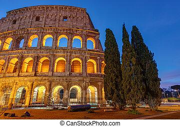 διακοσμώ με φώτα , κολοσσαίο , ρώμη