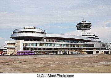 διεθνές αεροδρόμιο