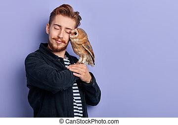 δικός του , αγάπη , owl., νέος , ισχυρό αίσθημα , ευχάριστος...