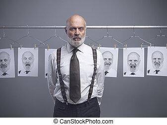δικός του , πολλαπλάσιος ατομικότητα , επιχειρηματίας , αρχαιότερος , εκφράσεις