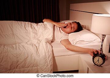 δικός του , χάσμημα , ρολόι , ζωή , τρομάζω , πρωί , κρεβατοκάμαρα , άγρυπνος , άντραs